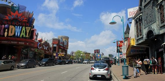 There are tons of tourist attractions for families at Clifton Hill, Niagara Falls